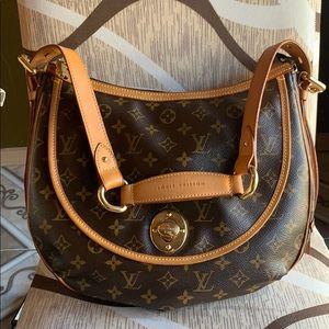 😻Sold  patina  Louis Vuitton Tulum gm bag 😻